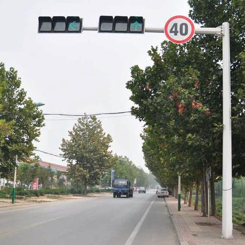 交通路灯施工案例